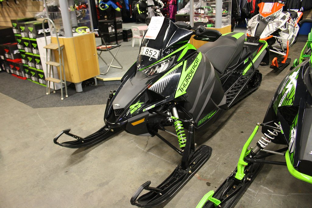"Arctic Cat Thundercat ZR 9000 Turbo iACT -137"" -19"