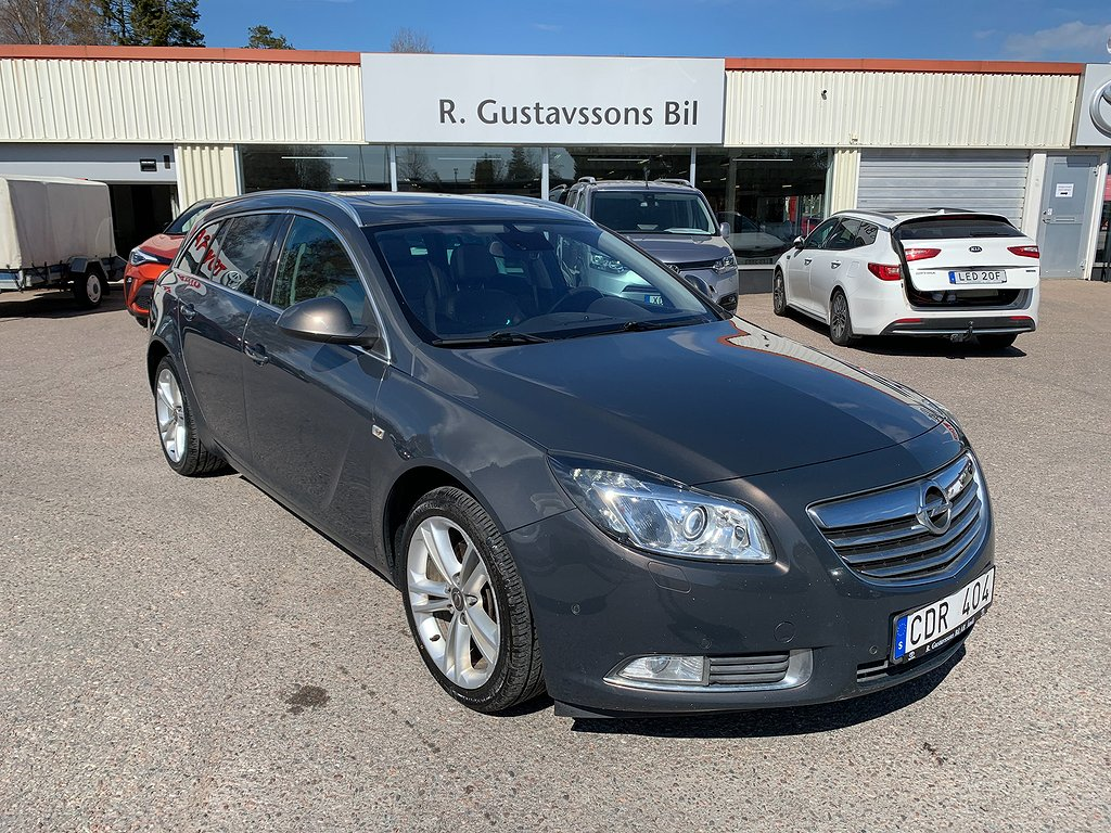 Opel Insignia Sports Tourer 2.0D BiTurbo 4x4 Drag/NAV/Panorama