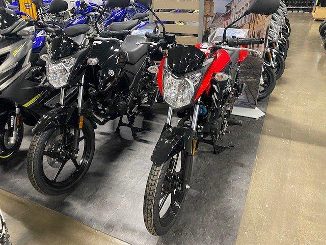 Yamaha YS125 Finns i 2 färger