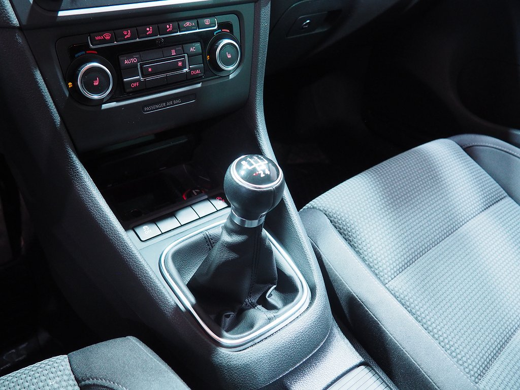 Volkswagen Golf 5-dörrar 1.6 TDI Style 105hk DIESELVÄRMARE 2011