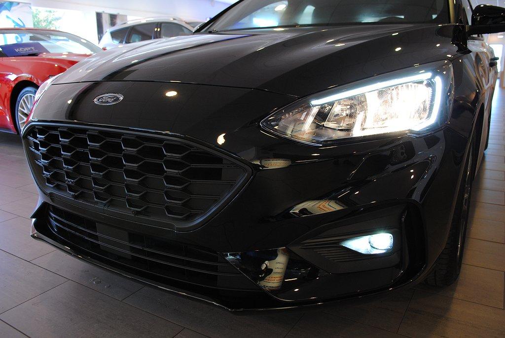 Ford Focus *0,95% ränta Nya Focus ST-Line 1.0T EcoBoost 125hk