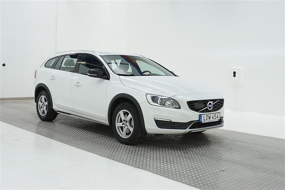 Volvo V60 Cross Country D4 AWD Summum 190hk Skinn D-Värm VOC