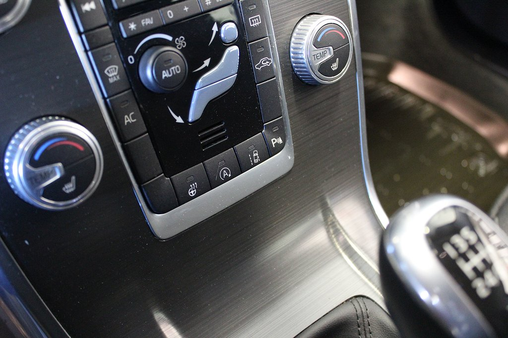 Volvo XC70, D4 Momentum Driver Support