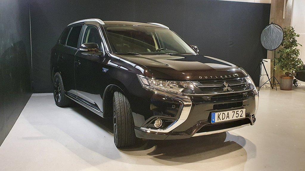 Mitsubishi Outlander PHEV Business Nav Safety /Drag /V-hjul