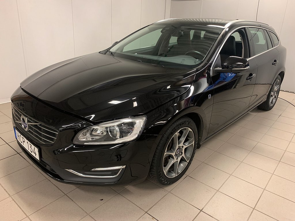 Volvo V60 D4 AWD Ocean Race Business E