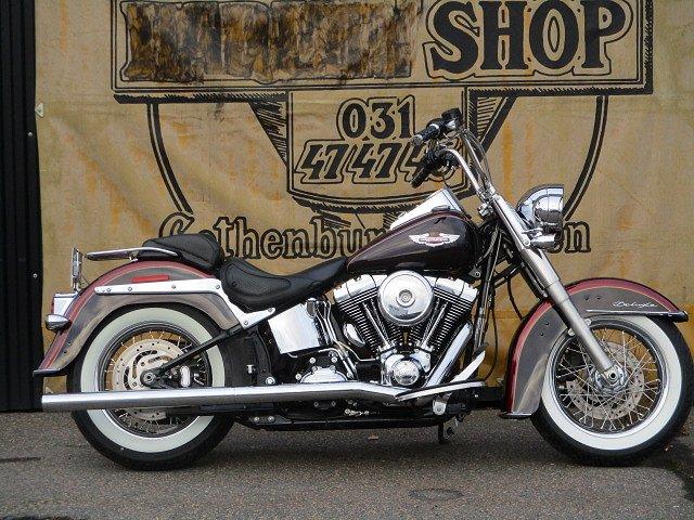 Harley-Davidson FLSTN Deluxe