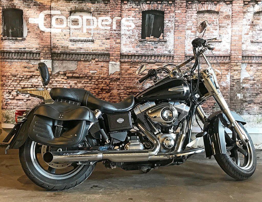 Harley-Davidson FLD SWITCHBACK 1690