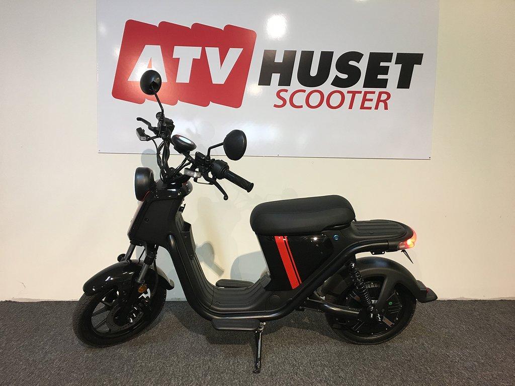 NIU U-Pro - El moped - Både klass 1 och 2