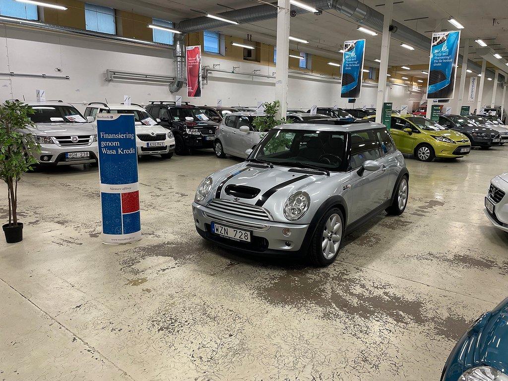 Mini Cooper S Ny Bes Ny Servad Panoramatak Välvårdad (170hk)
