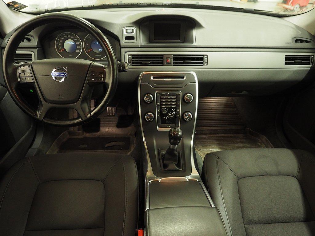 Volvo V70 D2 Kinetic DRAG VÄRMARE 115hk 2012