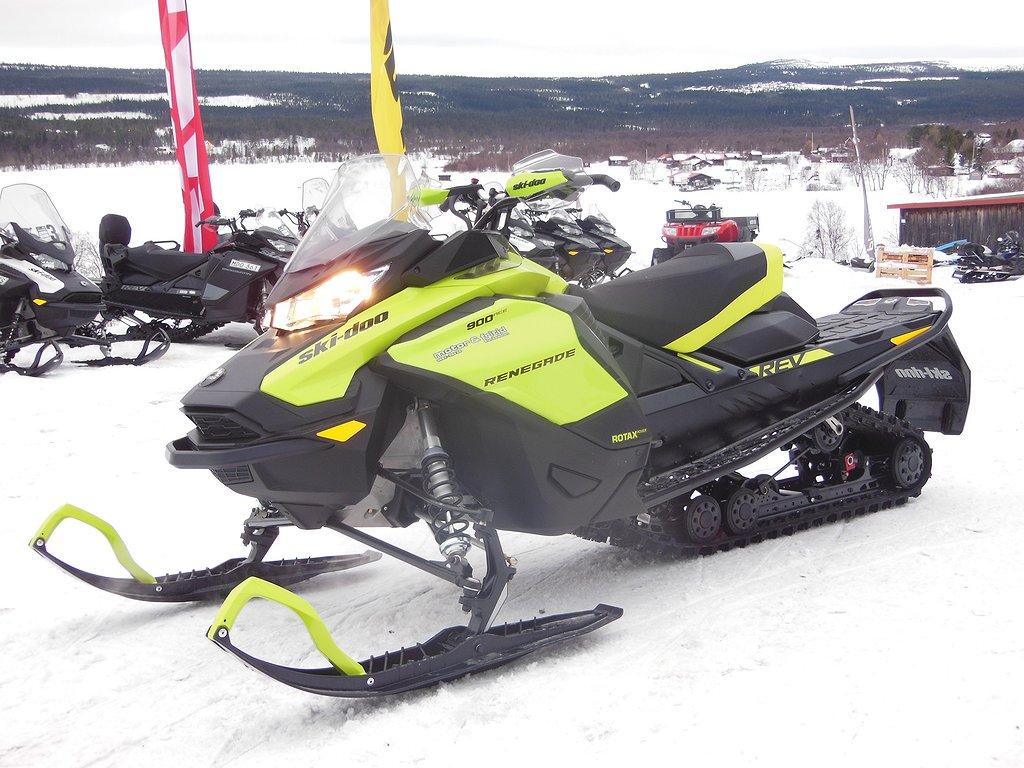 Ski-doo RENEGADE 900 ACE