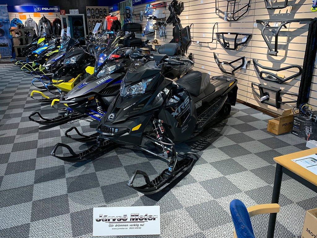 Ski-doo Renegade X-RS 800 E-TEC