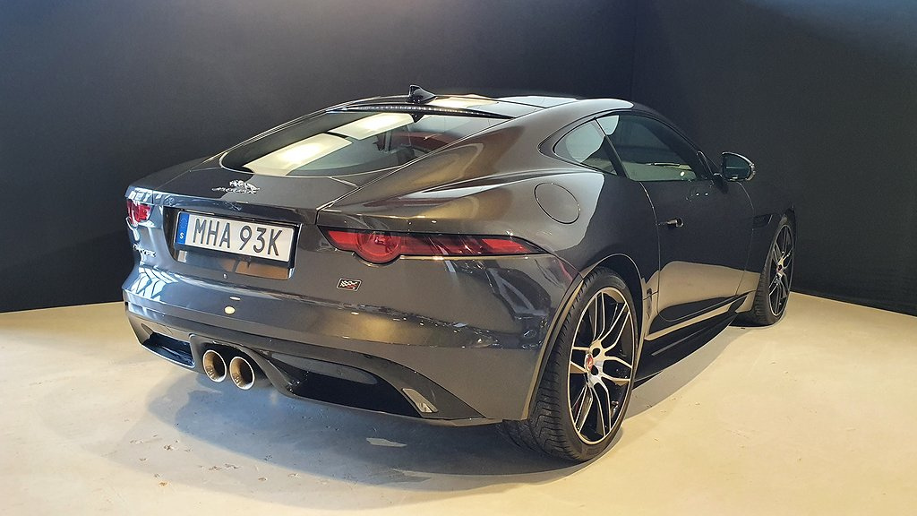 Jaguar F-Type V6 P340 Checkered Flag Edition Coupé