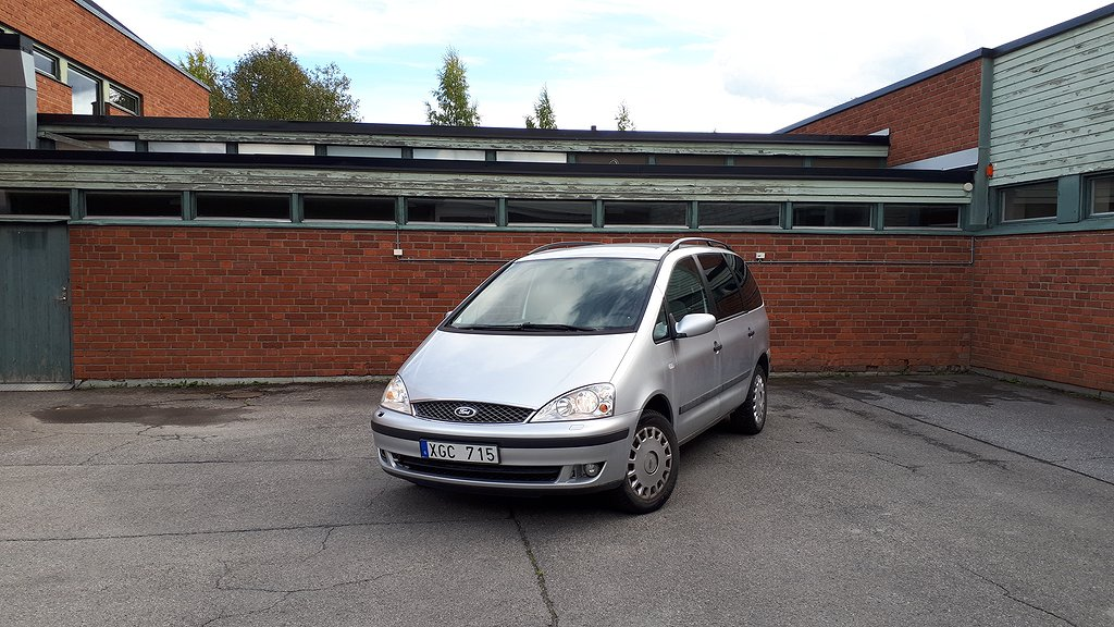 Ford Galaxy 2.3 7-sits 140hk på nätauktion