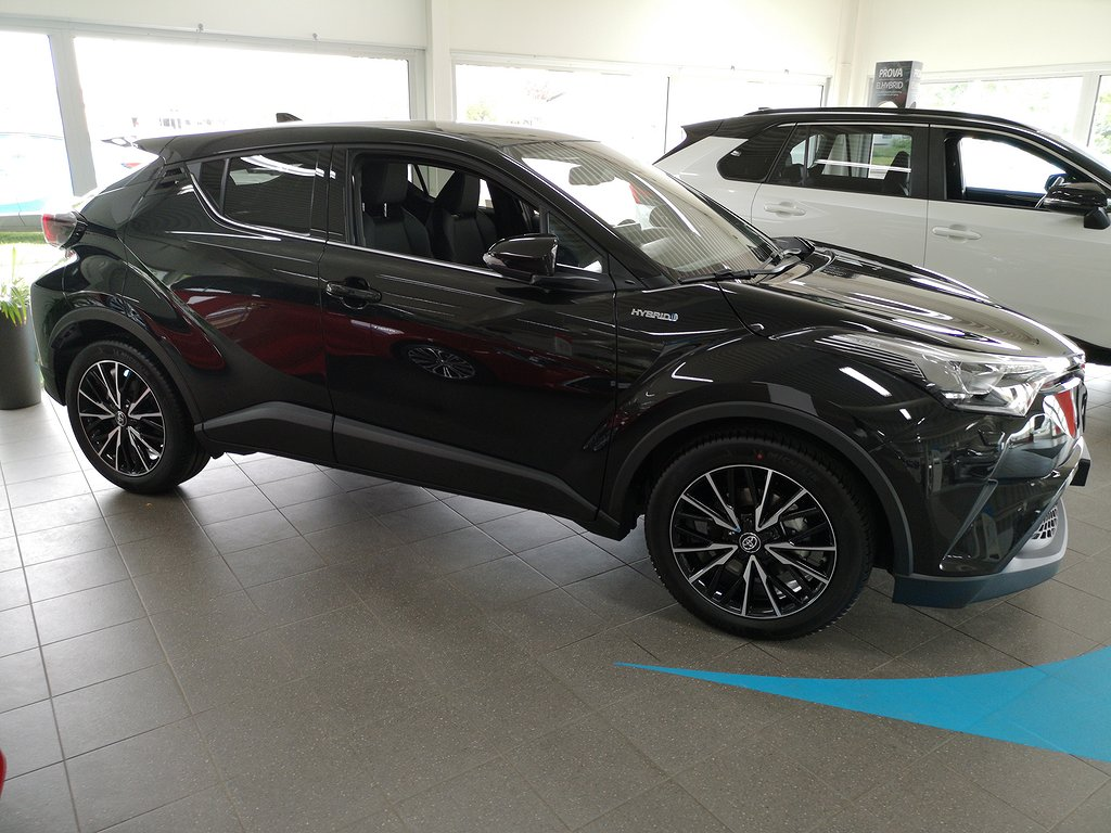 Toyota C-HR 1.8 Executive SKINN JBL TEKNIKPAKET