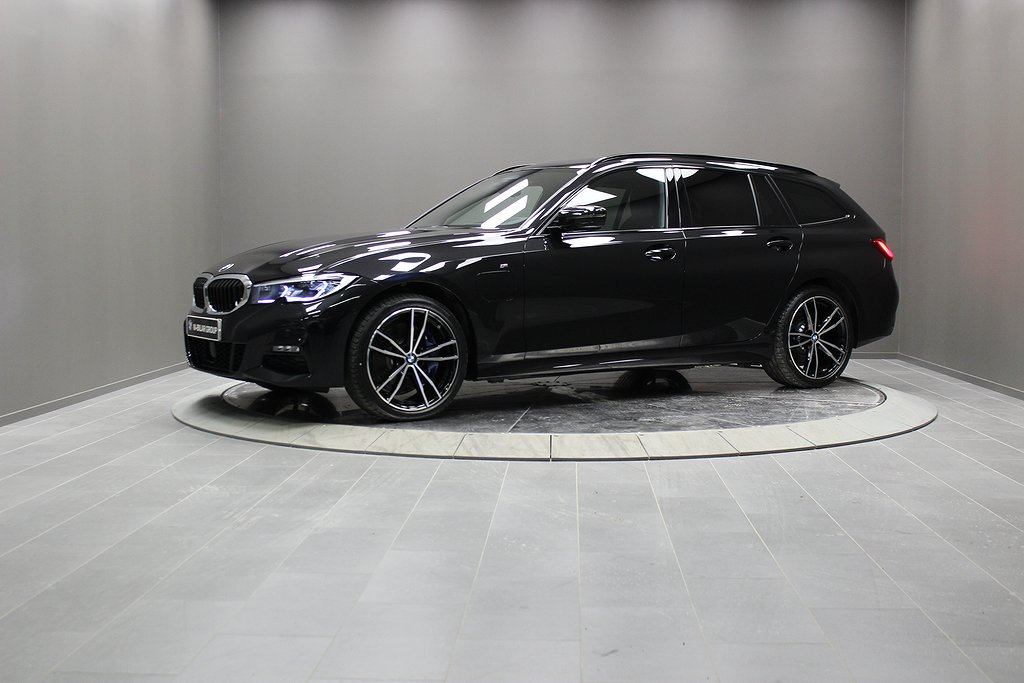 BMW 330e xDrive Touring/ M Sport /Innovation/ Laserlight