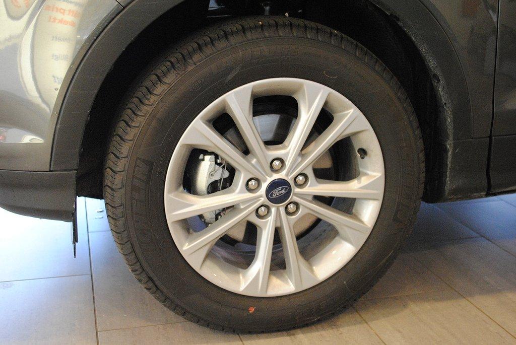 Ford Kuga 1.5T 150hk EcoBoost Titanium *Demo*