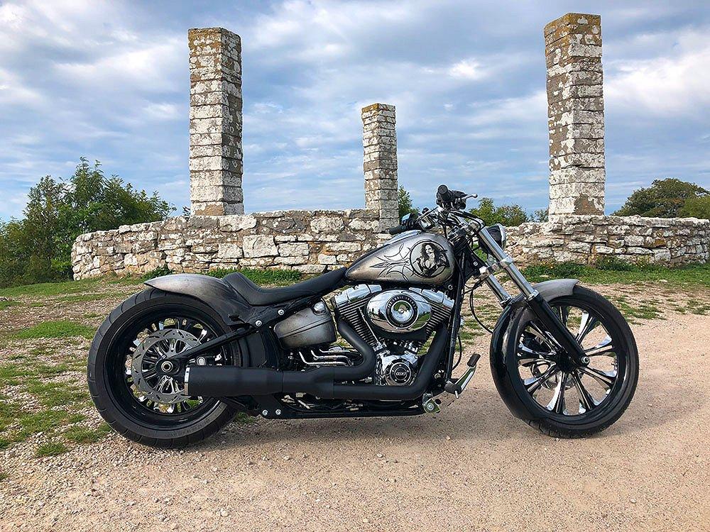Harley-Davidson Breakout FXSB CUSTOM