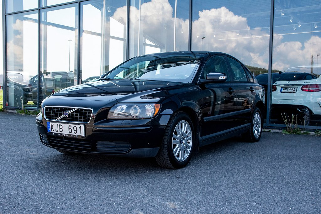Volvo S40 2.4 Automat 140 hk Drag Nybes