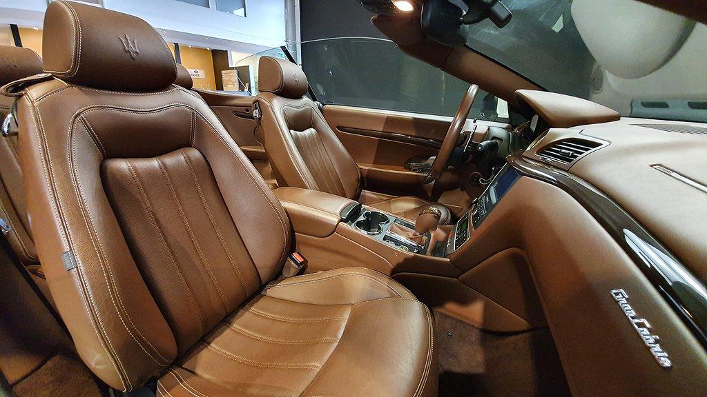Maserati GranCabrio V8 4.7 441hk