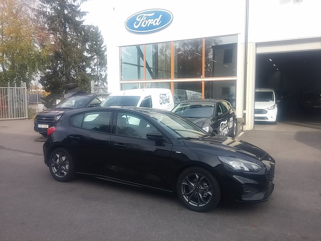Ford Focus 1.0T 125hk EcoBoost M6  ST-LINE Launch