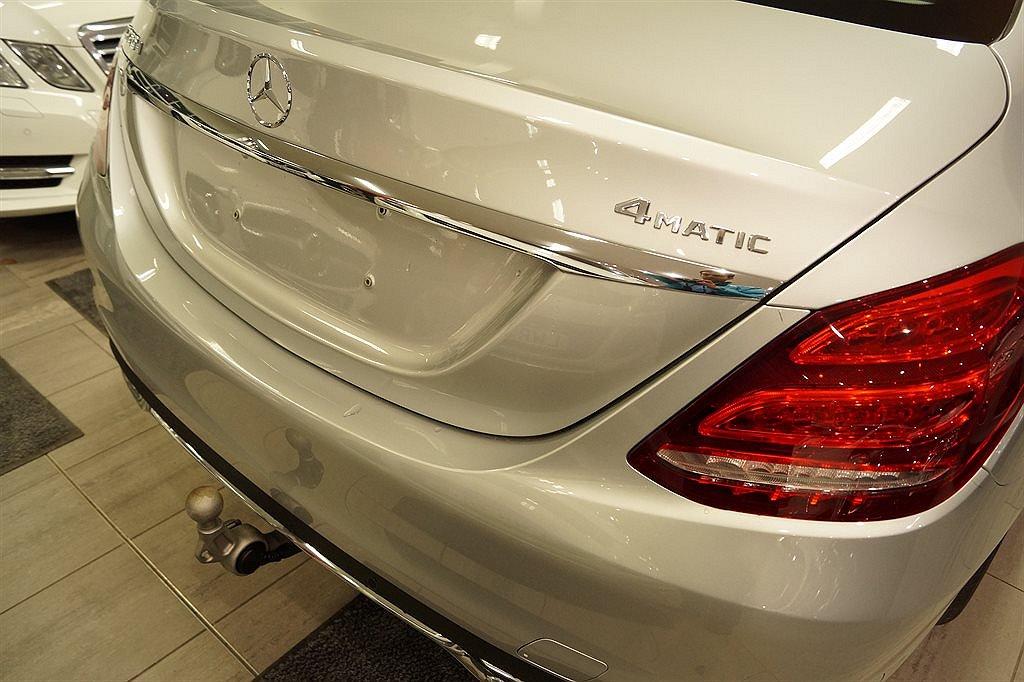 Mercedes-Benz C 220 d 4MATIC / Premiumpaket / Dragkrok