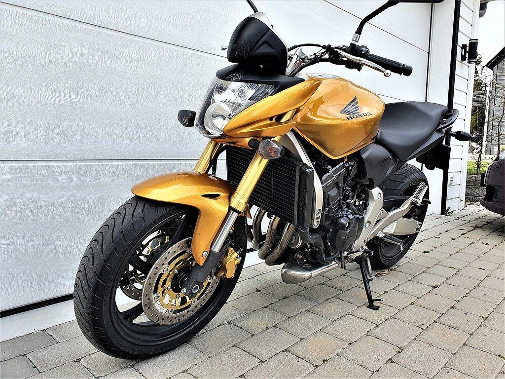Honda CB 600 Hornet Endast 1100 mil