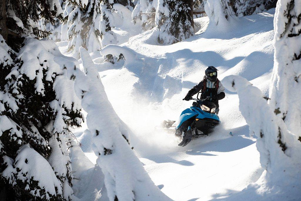"""Ski-doo Summit SP 600R e-tec 146"""" -20"""