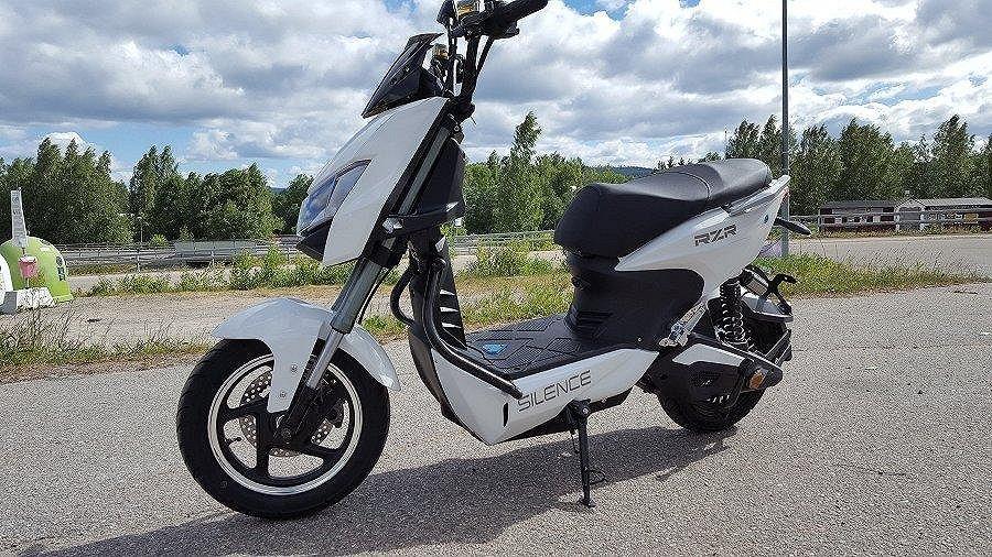 Övrigt HÖSTREA Silence RZR el-moped klass 1