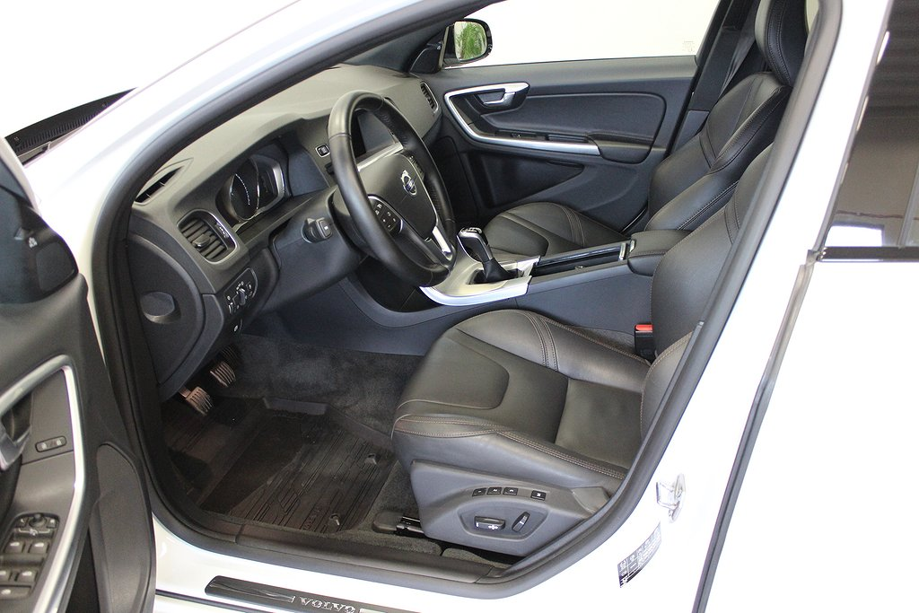 Volvo V60 Cross Country, D3 Summum VOC