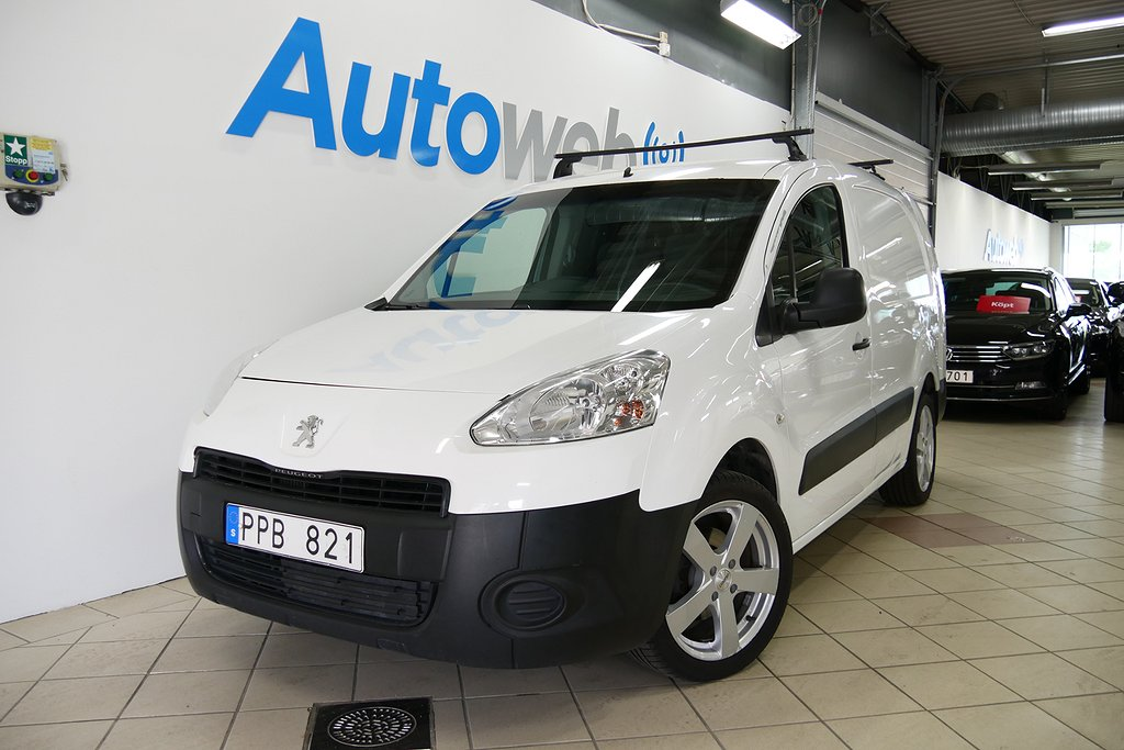 Peugeot Partner Skåpbil 1.6 HDi 92hk I Drag I Lång I 3-sits
