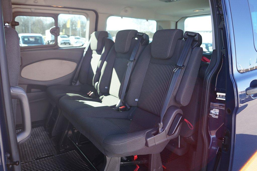 Ford Tourneo Custom 300 L2 2.2 TDCi 9 sits