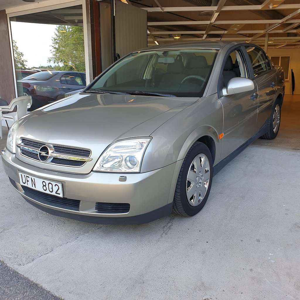 Opel Vectra Sedan 2.2 147hk LÅGMIL