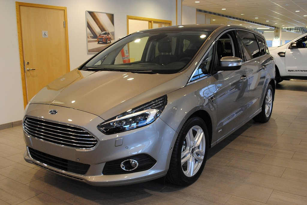 Ford S-Max 7-sits 2.0 180 Business iAWD Aut*Demo*