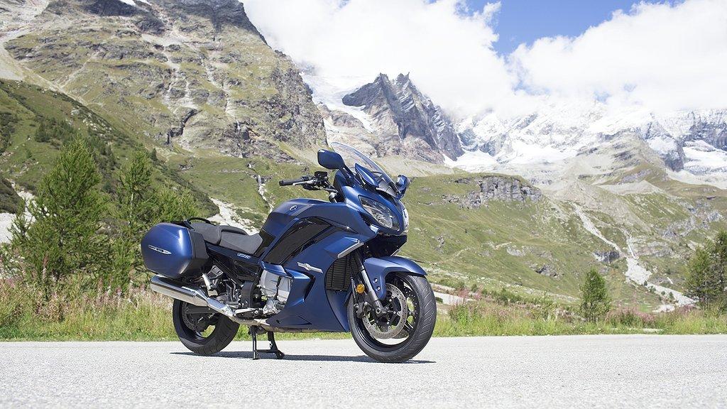 Yamaha FJR1300AE -19