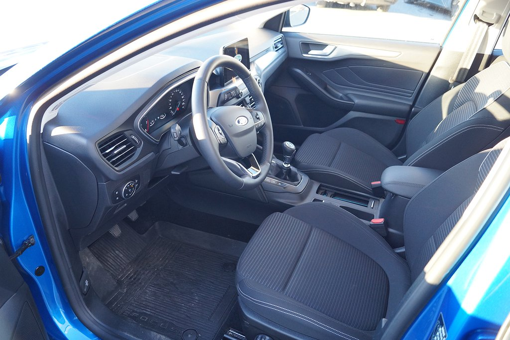 Ford Focus 1.0T EcoBoost 125hk Titanium  Launch Edition 5d *DEMO*