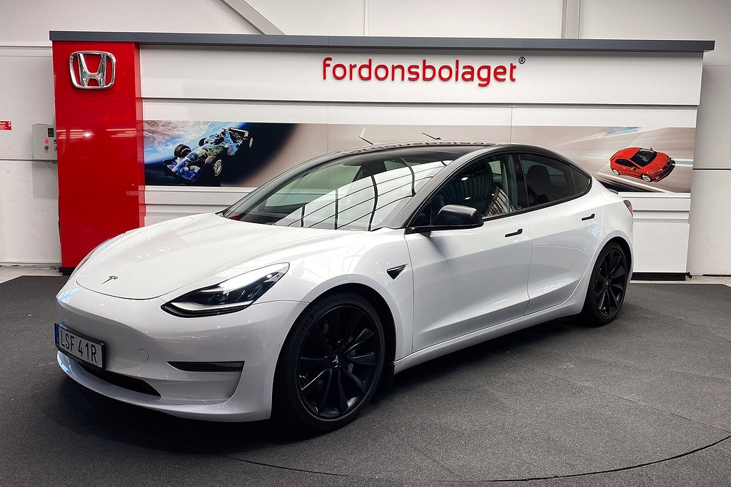 Tesla Model 3 AWD Long Range AP Leasbar