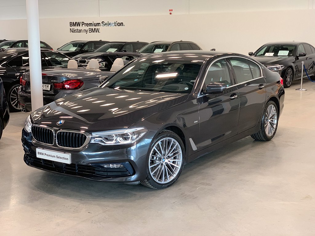 BMW 530 i / xDrive / 252hk / Navi / Värmare / Drag / Driving Plus