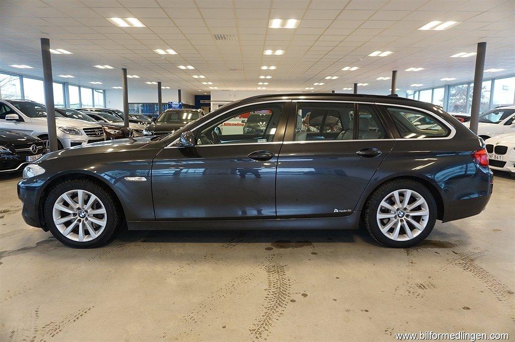 BMW 525 d xDrive Aut. Momsbil Navi Drag Skinn Svensksåld