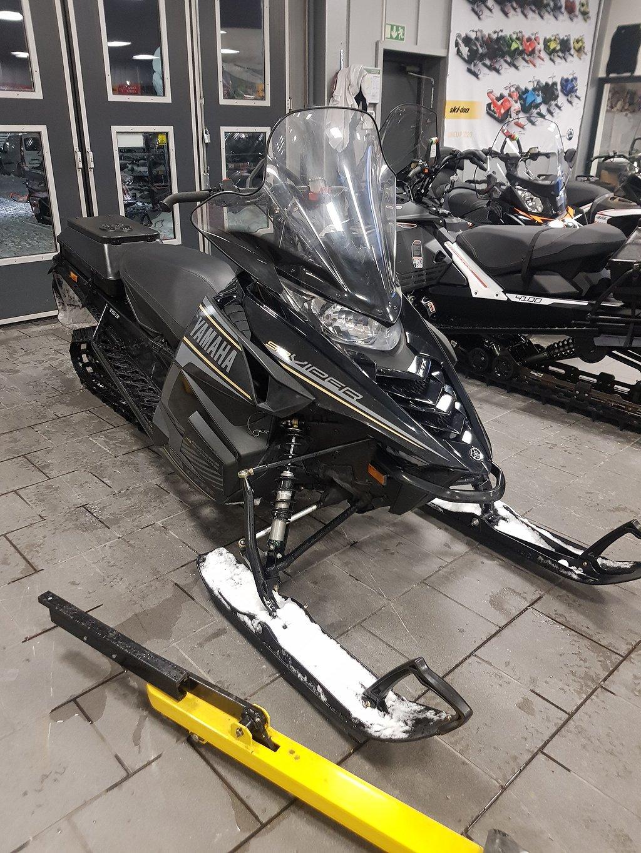 Yamaha VIPER MTX 153
