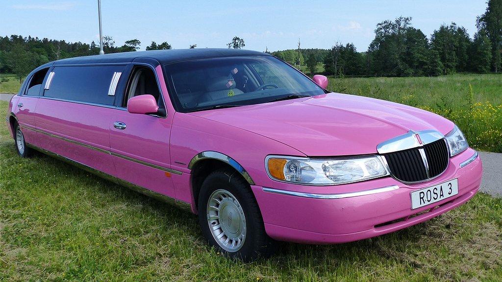 En udda färg på din bil kan kosta dig många tusenlappar i framtiden. Foto: Pixabay