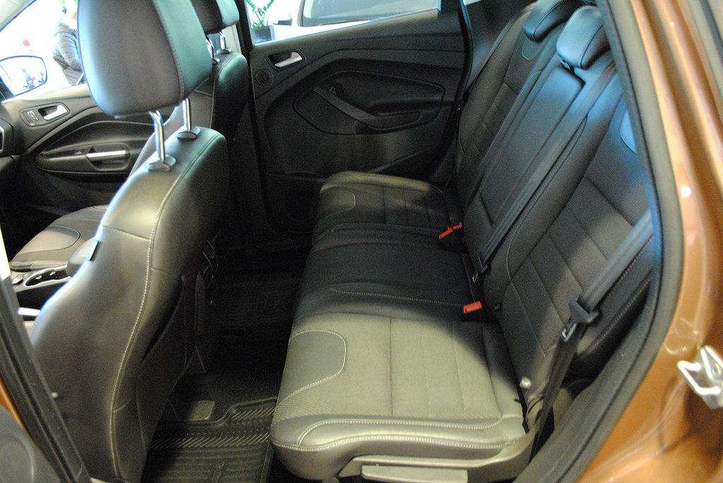 Ford Kuga 2.0 TDCi 163hk Aut AWD Titanium X*Drag*