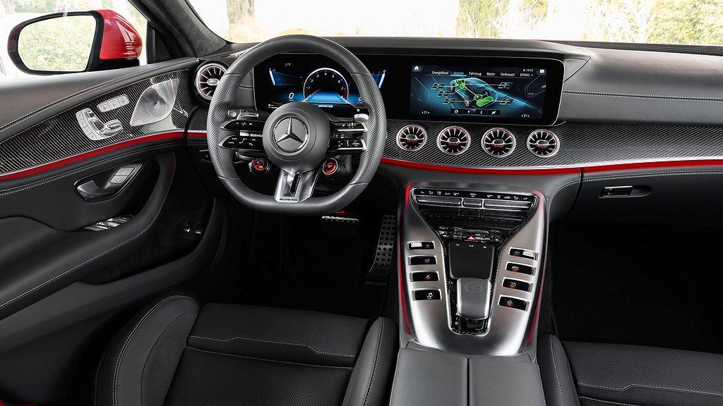 Cockpiten på Mercedes-AMG GT 63 S E Performance.