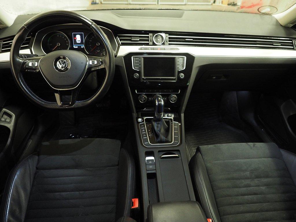 Volkswagen Passat Variant GTE 1.4 Aut 218hk Drag, B-Kamera 2017