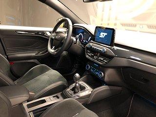Ford Focus 2.3 ST EcoBoost 5dr (280hk) ST