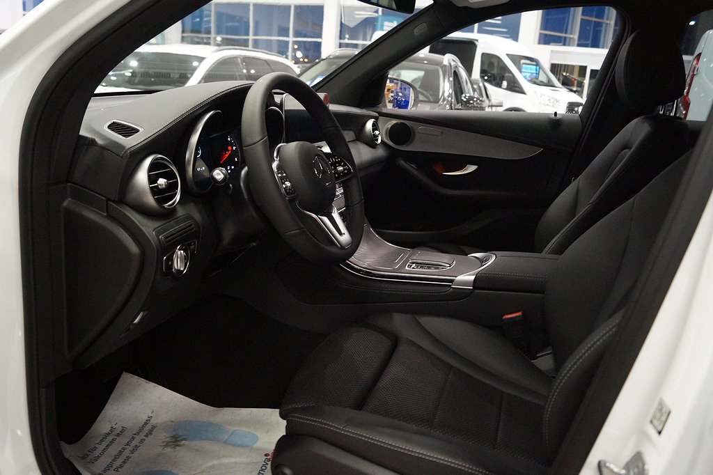 Mercedes-Benz GLC 220 d 4MATIC // Värmare // Infällbar dragkrok