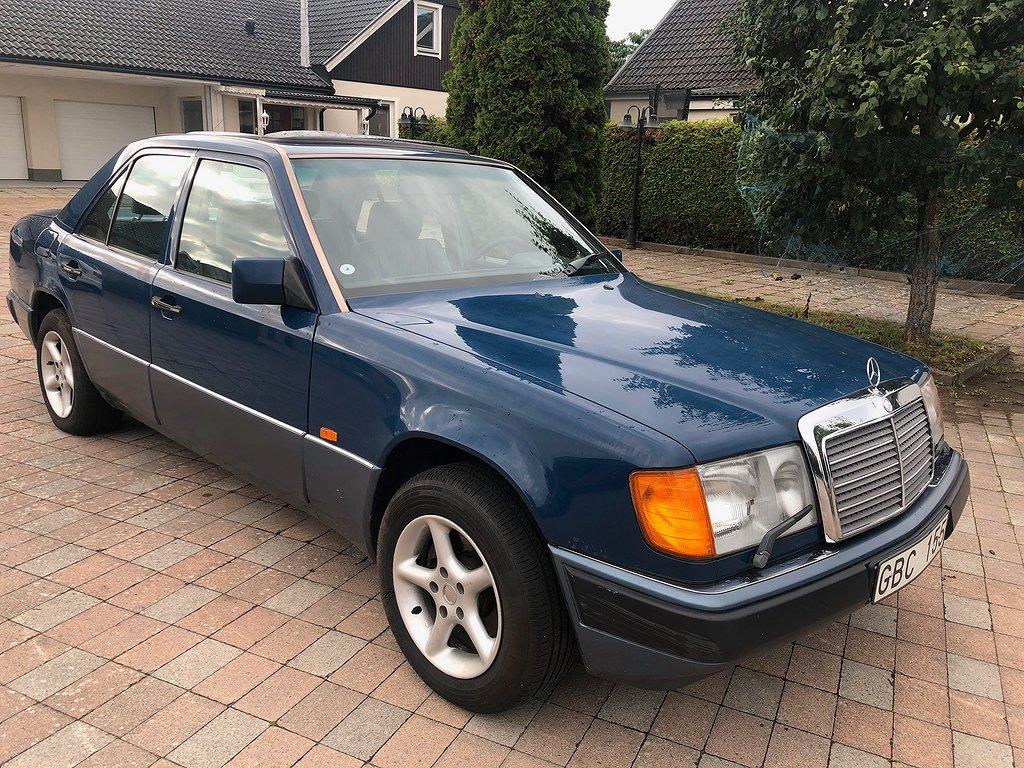 Mercedes-Benz 200 E 118hk