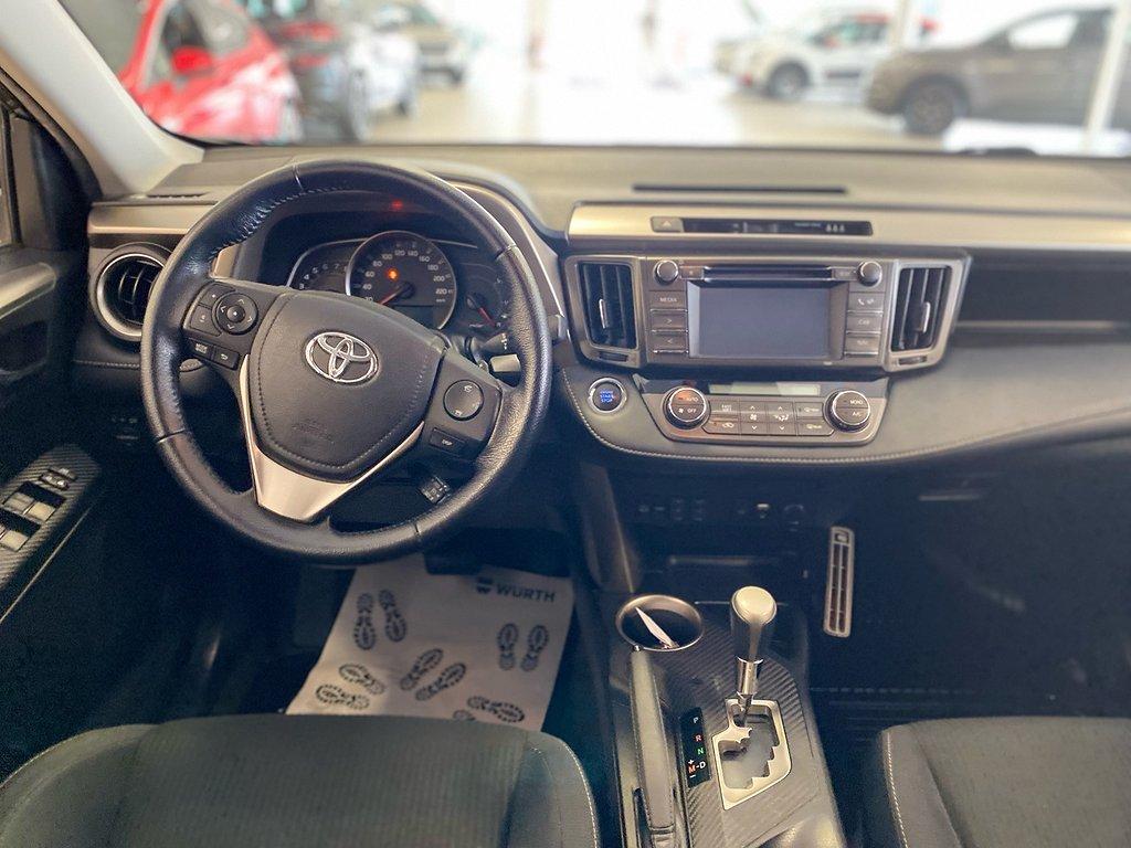 Toyota RAV4 2.0 4WD Multidrive S 152hk