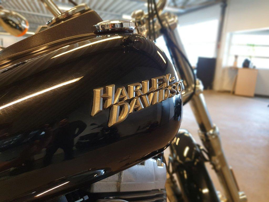 Harley-Davidson Street Bob 1.6 Twin Cam 96 2 Ägare
