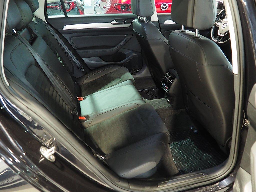 Volkswagen Passat Sportscombi 2.0 TDI 4M R LINE 2017